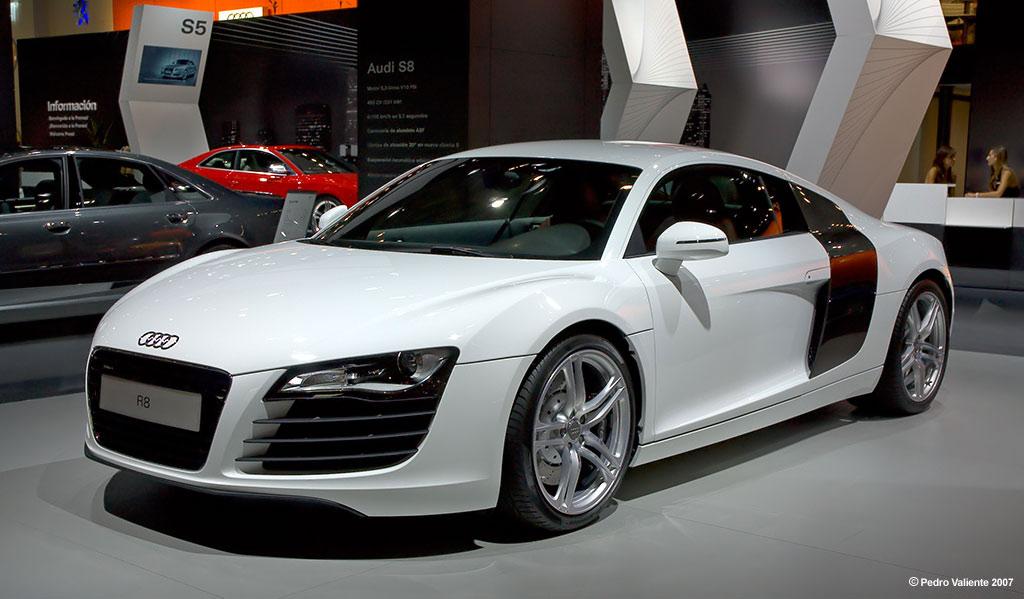 White R8