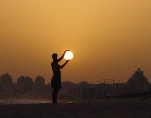holding-sun-photo.jpg
