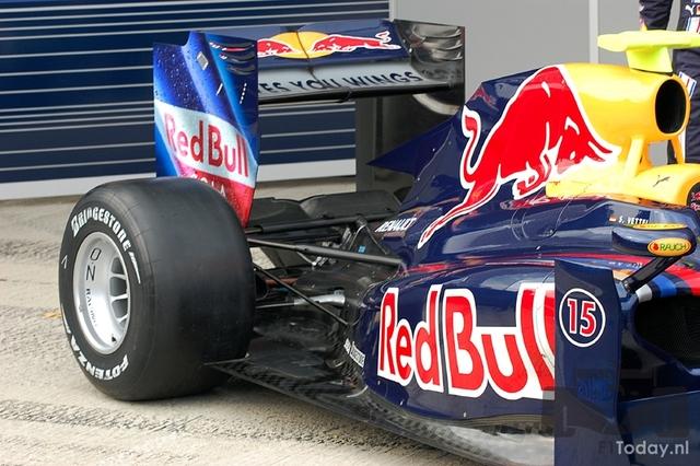 Suspensión trasera Red Bull RB5
