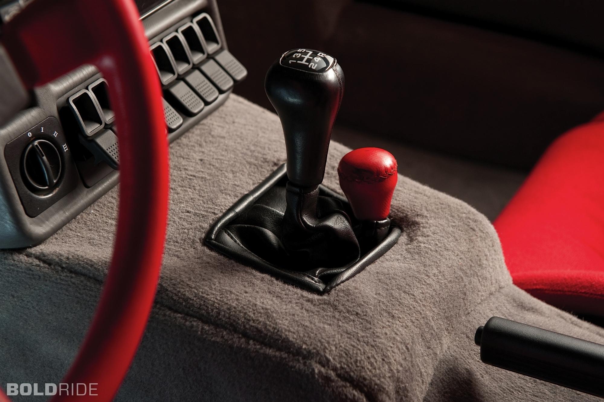 ford-rs200-evolution.2000x1331.Jan-04-2012_21.28.21.526747.jpg