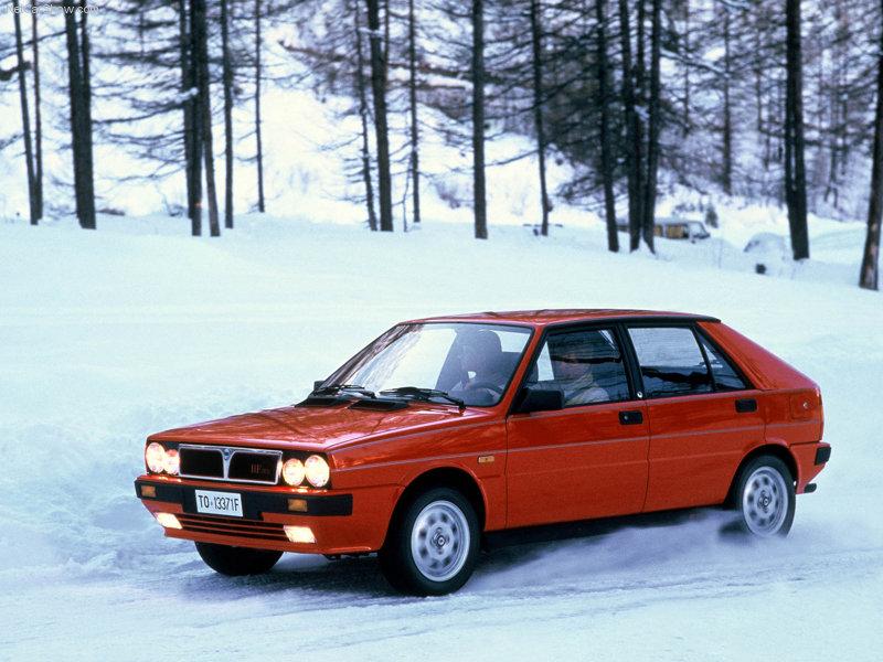 Lancia-Delta_HF_4WD_1986_800x600_wallpaper_02