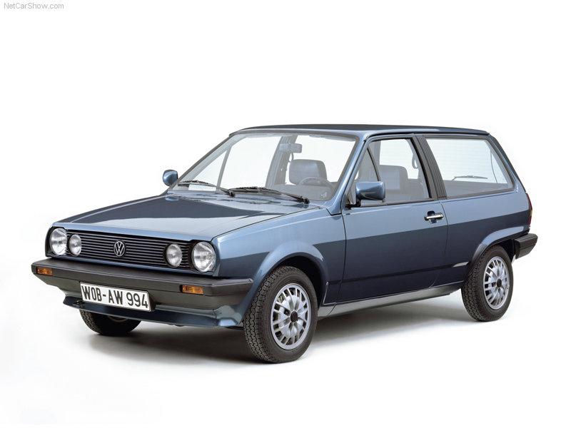 Volkswagen-Polo_1982_800x600_wallpaper_01