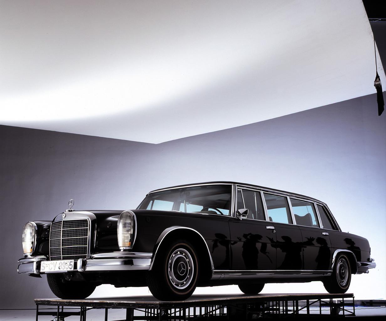 mercedes-benz_600_pullman_limousine_64