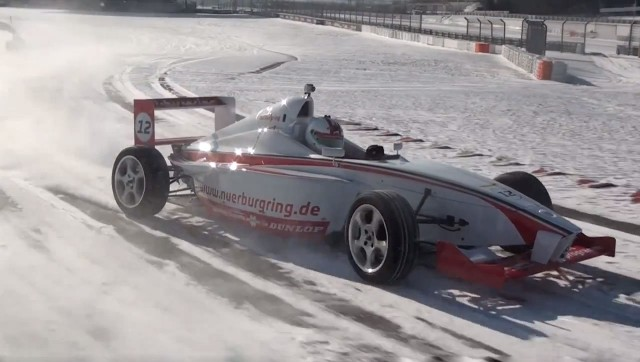 Formula-Nurburgring-snow-drift
