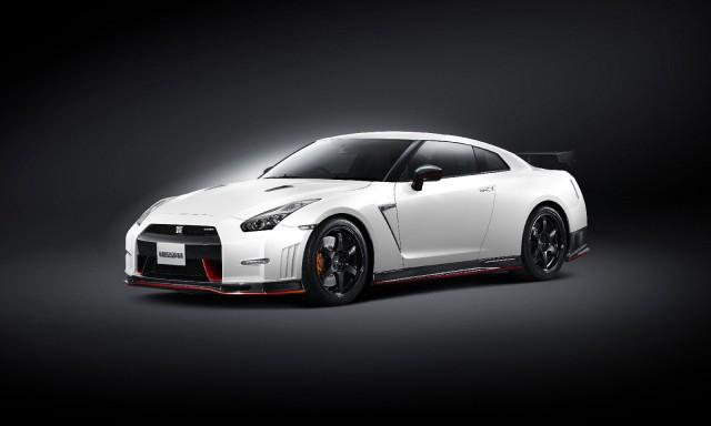 Nissan-GT-R-Nismo-2014-2