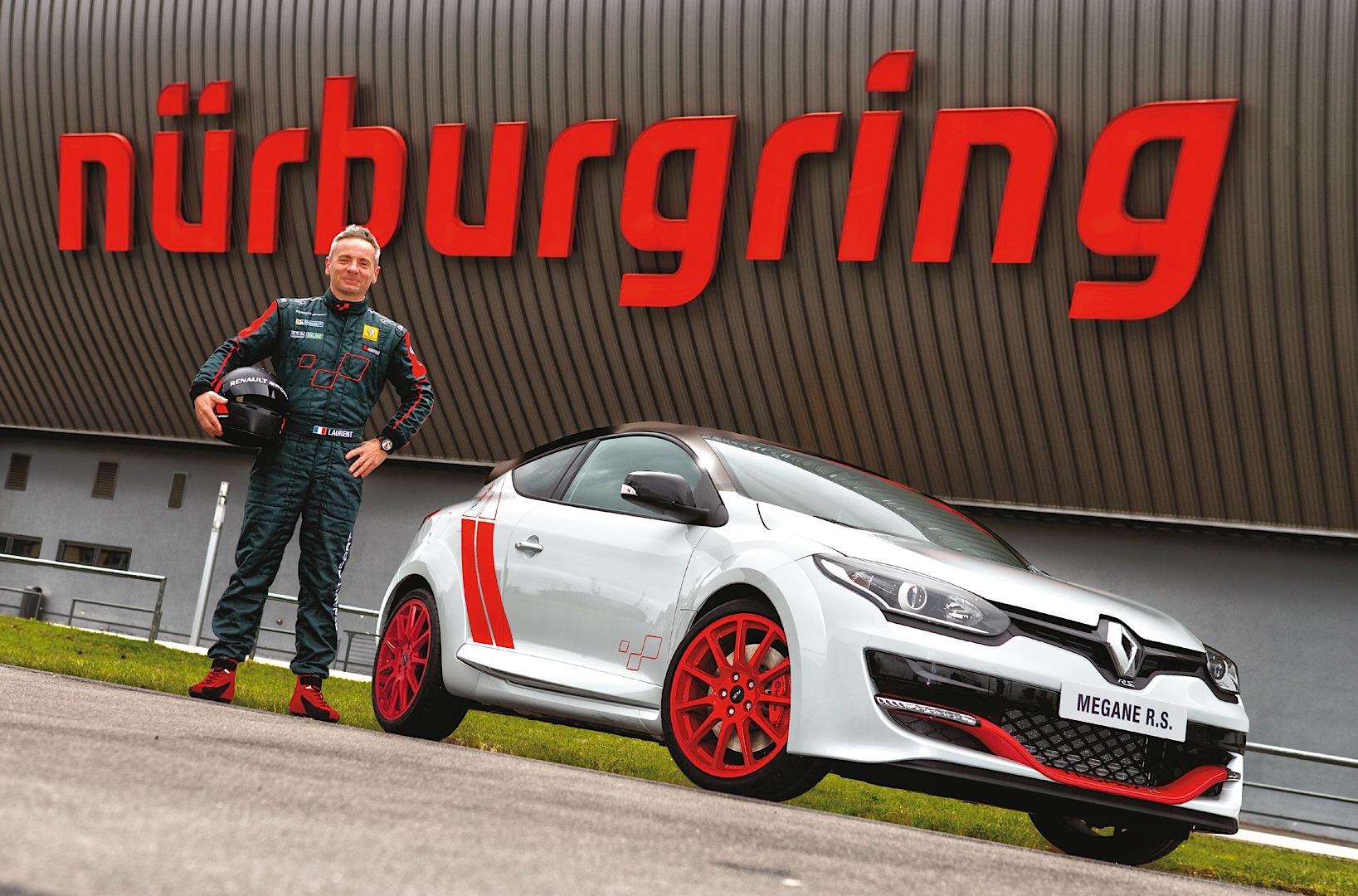 renault-megane-rs-275-trophy-r-sets-new-nurburgring-lap-record-75436_29