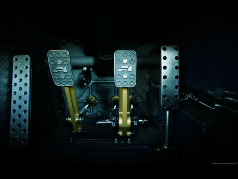 Automotive-Photography-of-Richard-Thompson-McLaren-F1-Pedals-1920x1440_zpsc5bcf408