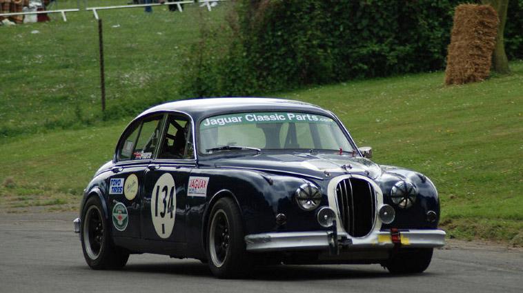 Jaguar-MKII-3.8-Race-Car