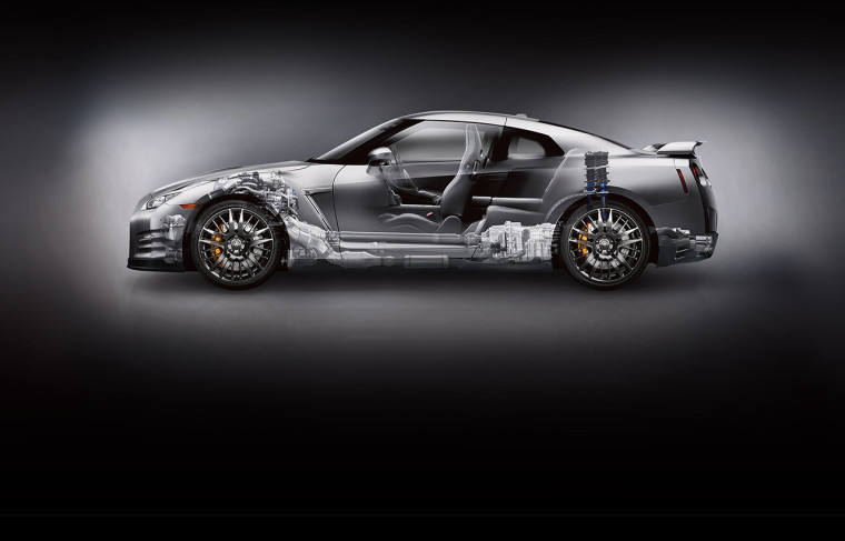 2016-nissan-gtr-sports-car-xray-dual-clutch-6-speed-transmission-side-view