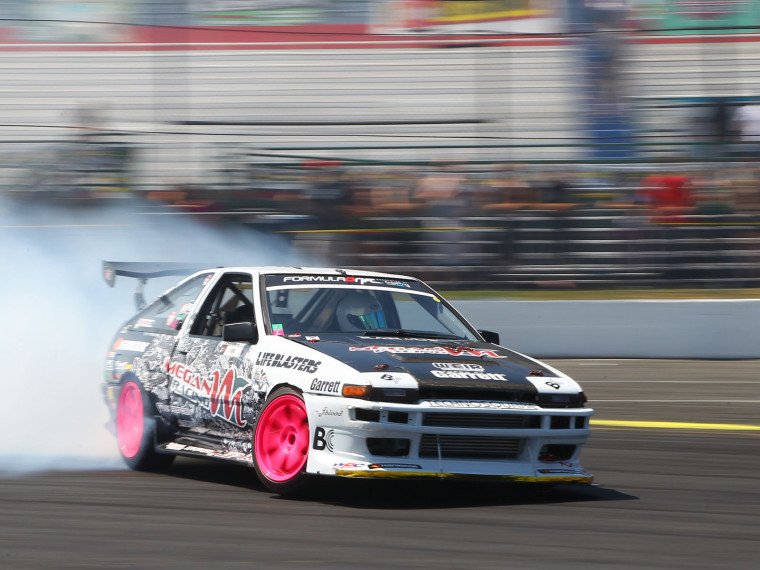 formula-drift-seattle-evergreen-ae86-drift-03