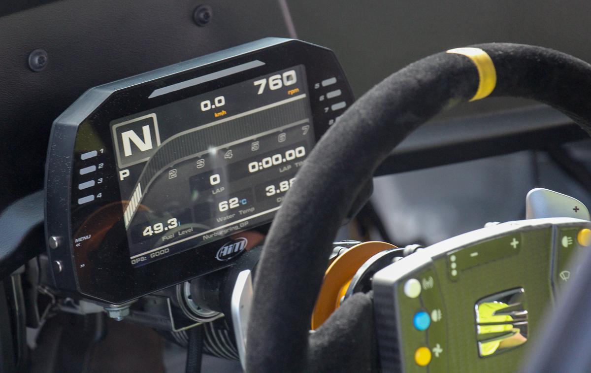 Seat-Leon-EuroCup-Racer-1