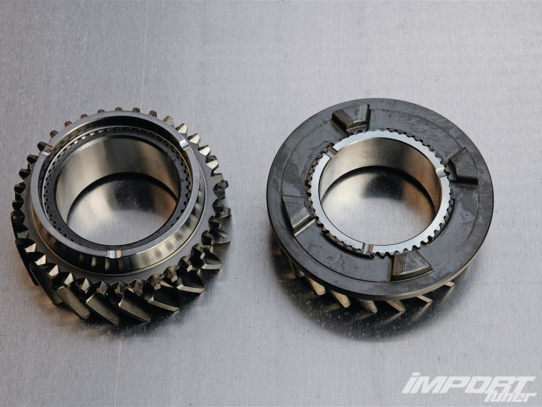 impp-1109-07-o+gearbox-beatdown+rings-and-gears