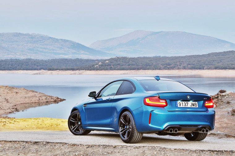 BMW M2 - LONG BEACH BLAU - EXTERIOR_004