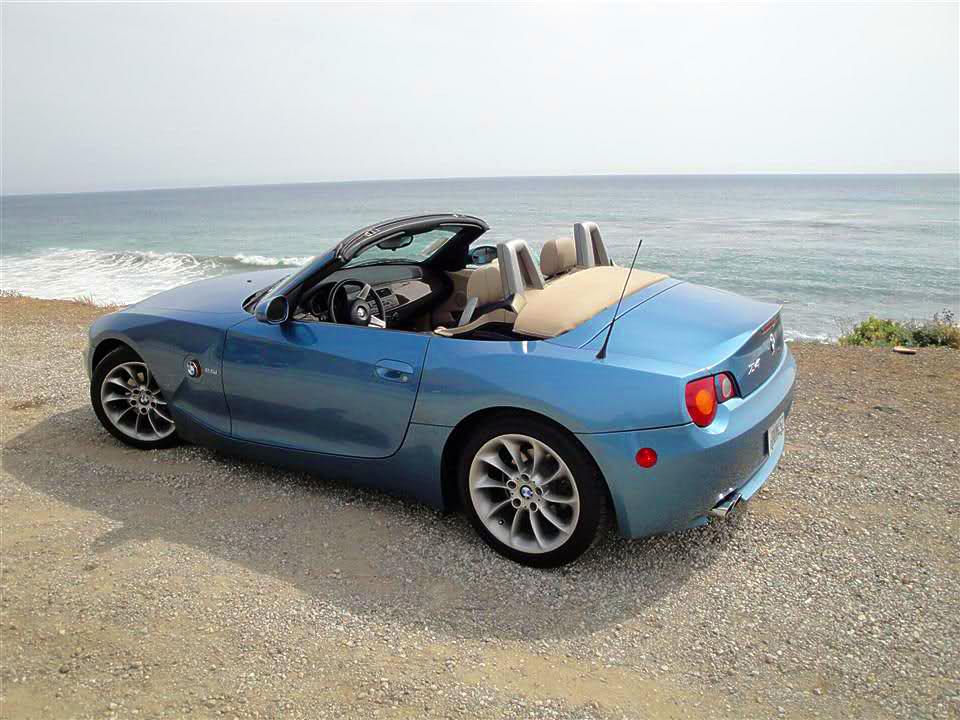 maldives-blue-bmw